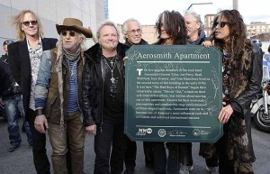 Aerosmith_Commonwealth_Avenue_plaque